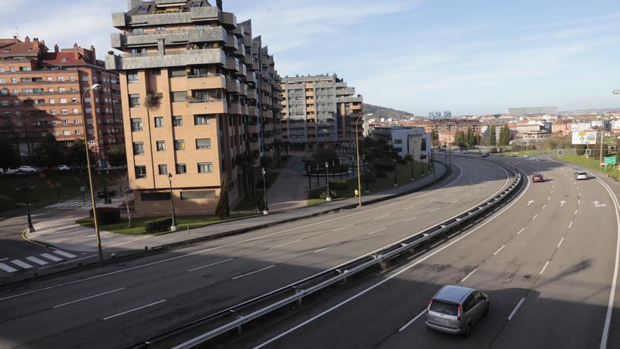 Oviedo lanza el plan para coser los barrios de Villafría y Santo Domingo: dos nuevos pasos de cebra conectarán la Ronda Sur