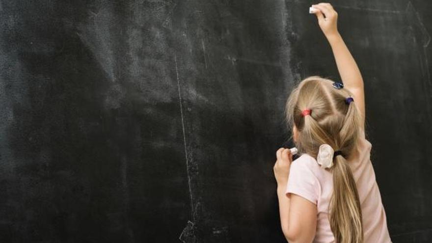 """Cachá cree """"necesario"""" devolver las competencias de Educación al Gobierno central"""