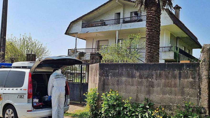 Investigan como presunto homicidio la aparición de un cadáver en Mos