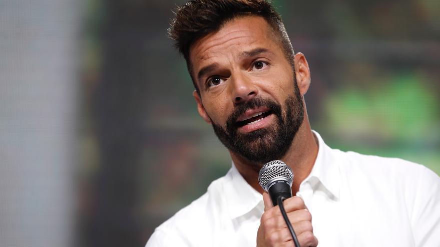 Ricky Martin anima a vacunarse contra la covid