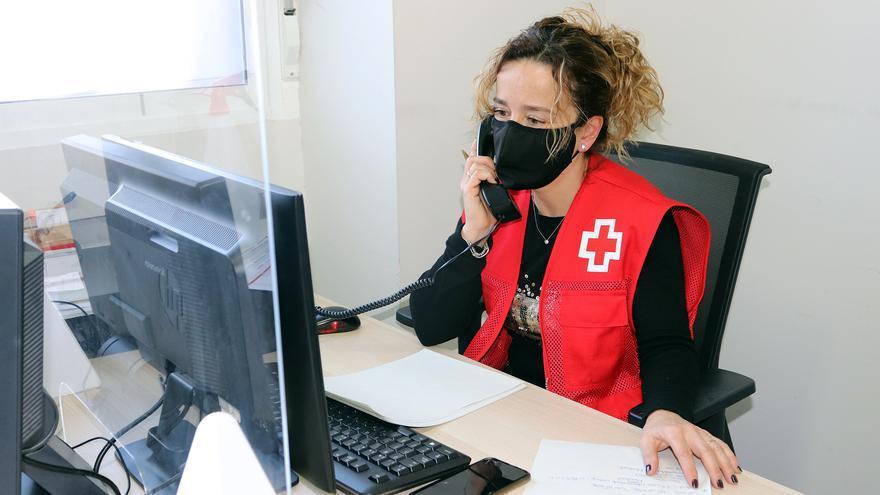 El servicio Cruz Roja Te Escucha atiende a una veintena de zamoranos por la crisis sanitaria