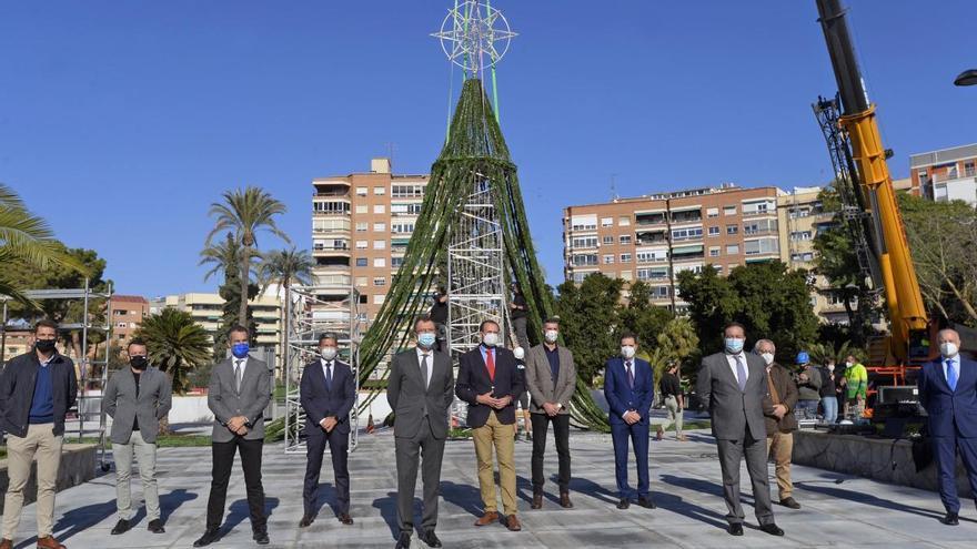 El encendido del Gran Árbol de Navidad de Murcia no se anunciará previamente