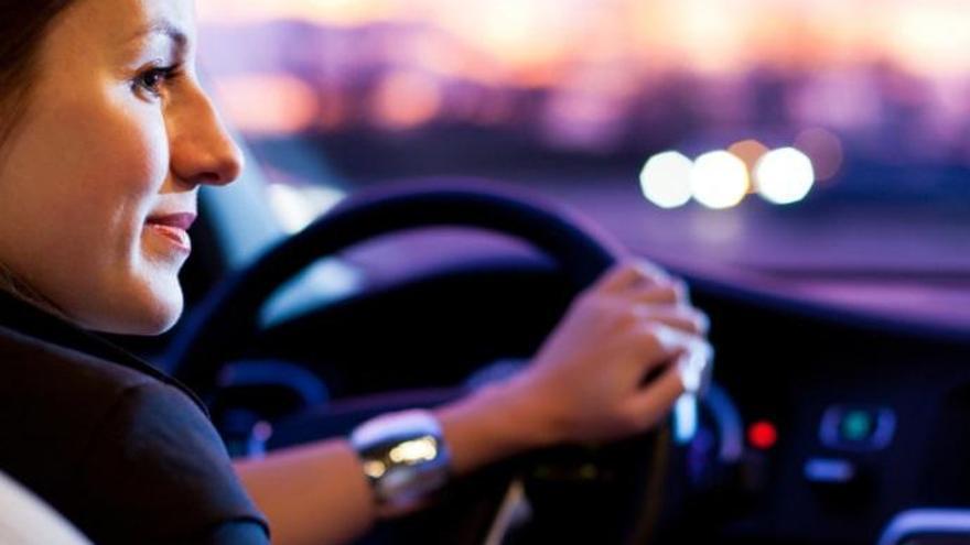 8M - Día Internacional de la Mujer | ¿Quién conduce mejor: los hombres o las mujeres?