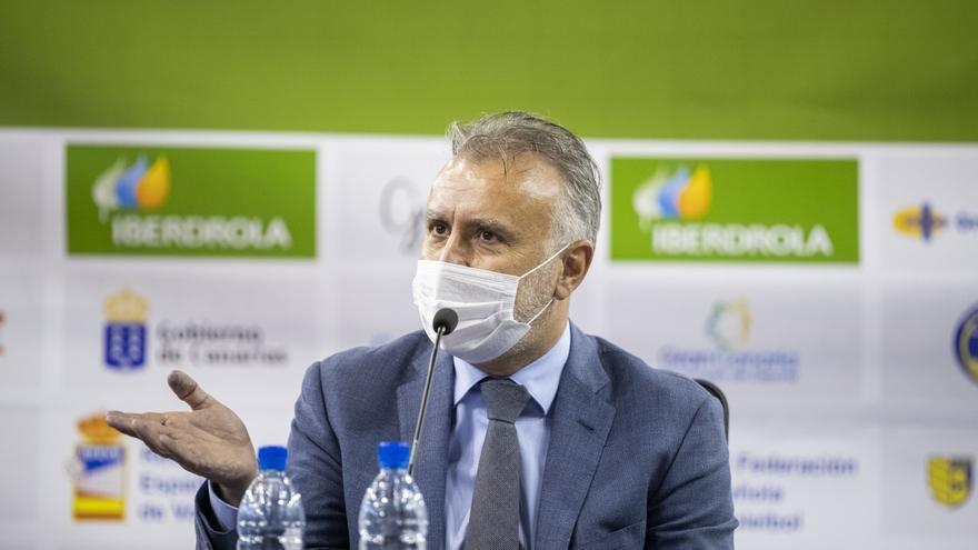Torres comparecerá ante el Senado y el Parlamento Europeo para abordar la crisis migratoria