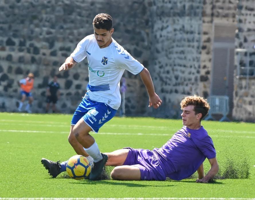 Partido de fútbol juvenil Tenerife-Laguna