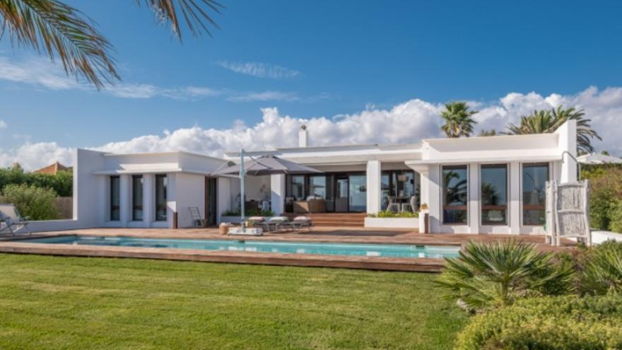 ¿Por qué aumenta la demanda de inmuebles de alto standing en Menorca?