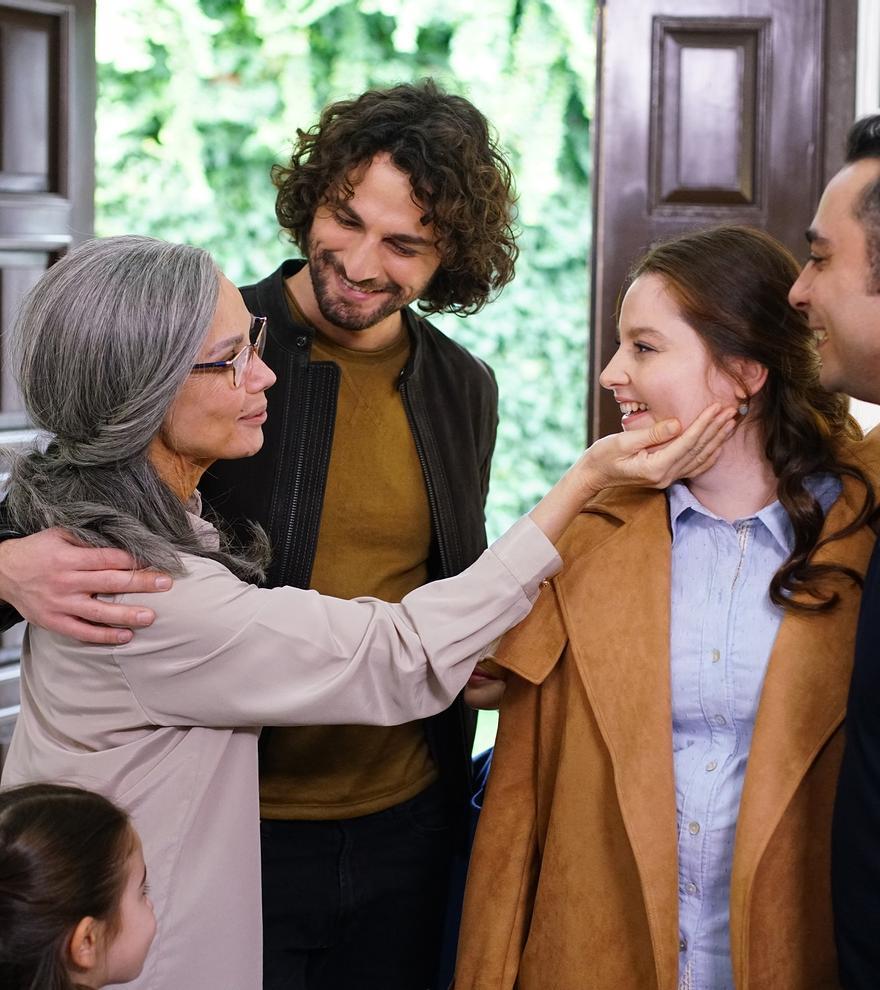"TV3 s'apunta a les telenovel·les turques amb  ""Germans"" ('Bir Aile Hikayesi')"