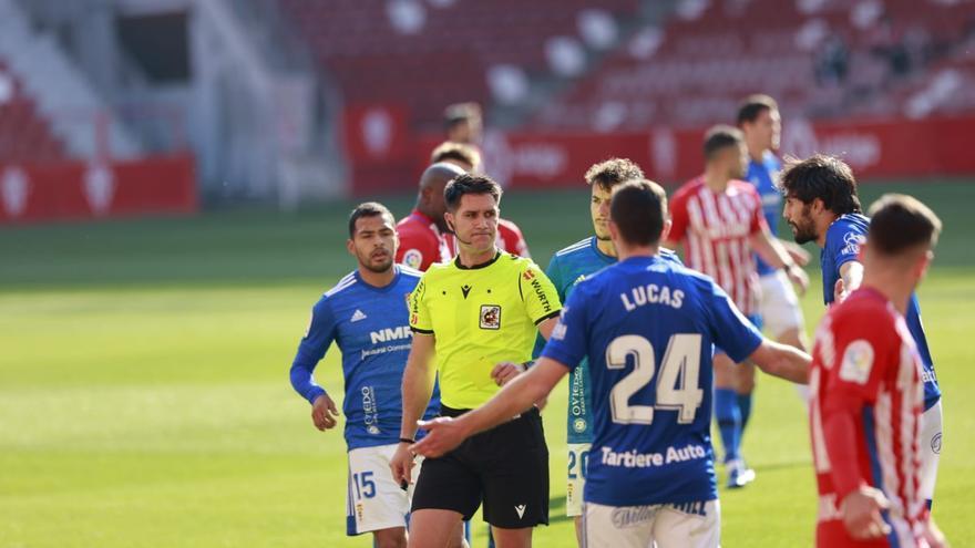 Un protagonista inesperado da la victoria al Oviedo en el derbi asturiano ante el Sporting (0-1)