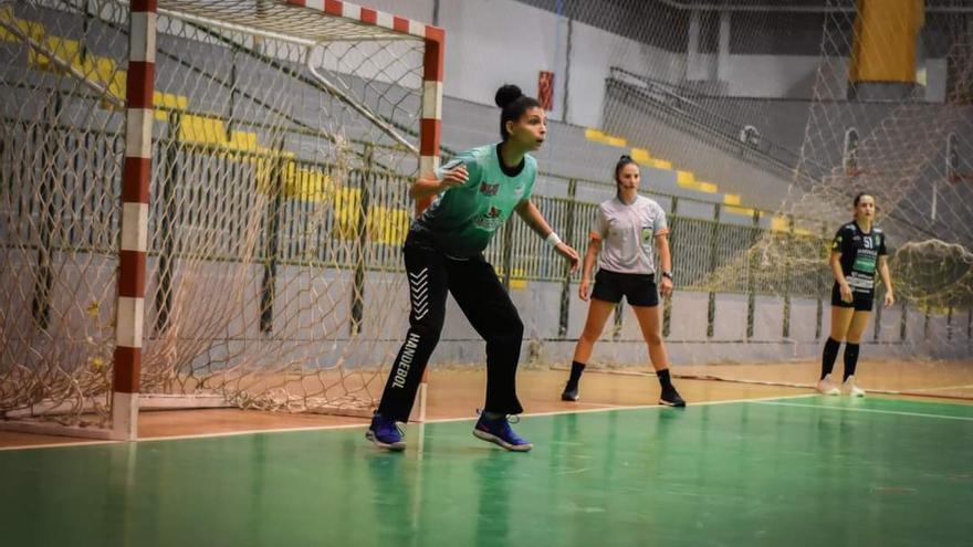 El Club Balonmano Elche ficha a la portera brasileña Pamela Rodrigues