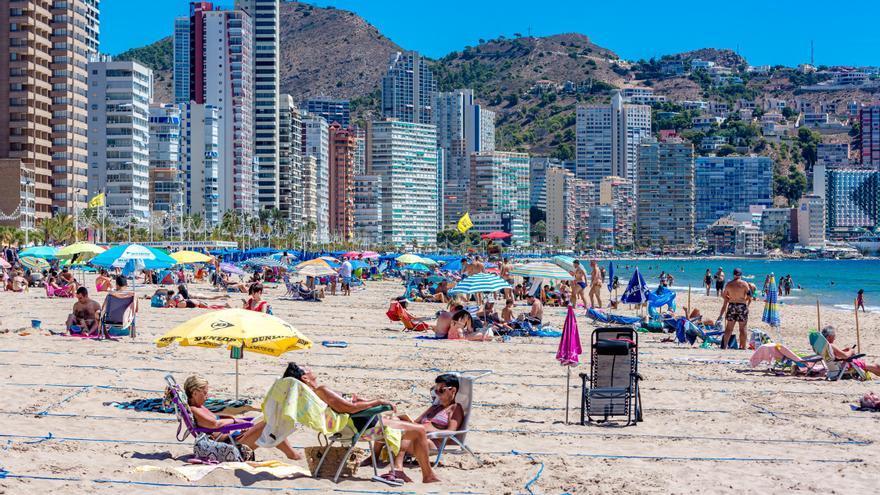 El hundimiento turístico provoca la pérdida del 43% del empleo en los hoteles