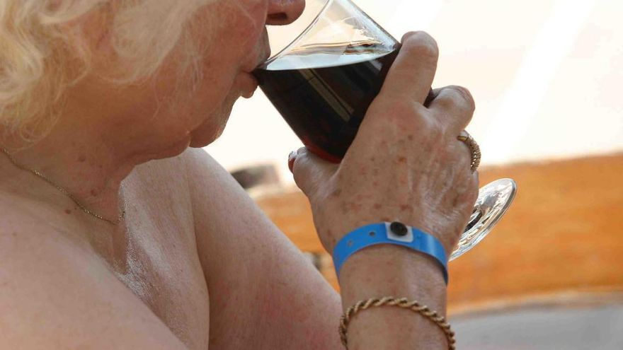 Regierung macht Schluss mit All-Inclusive-Alkohol in Hotels