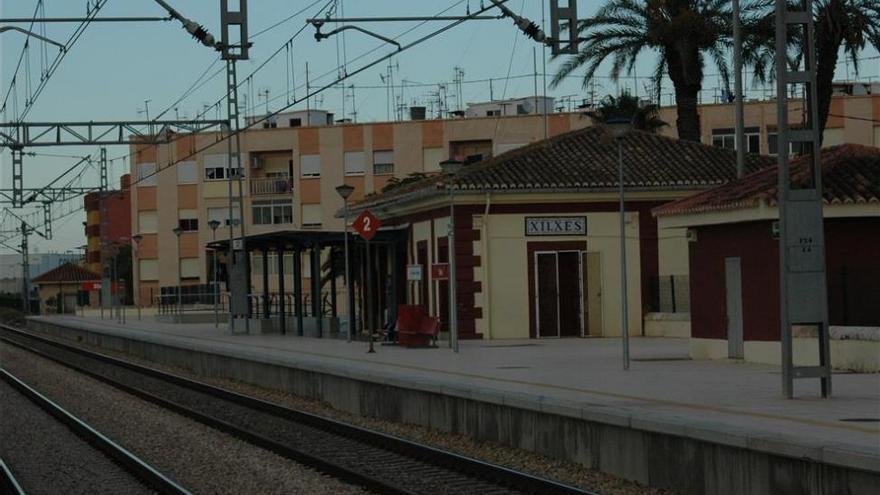 Un hombre de la Vall muere arrollado por el tren en Xilxes