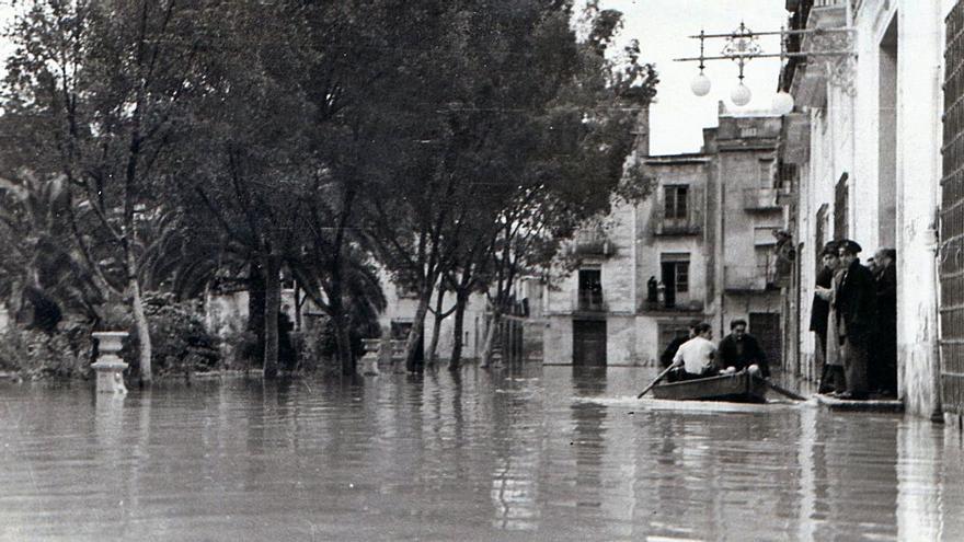 Abril, 1946