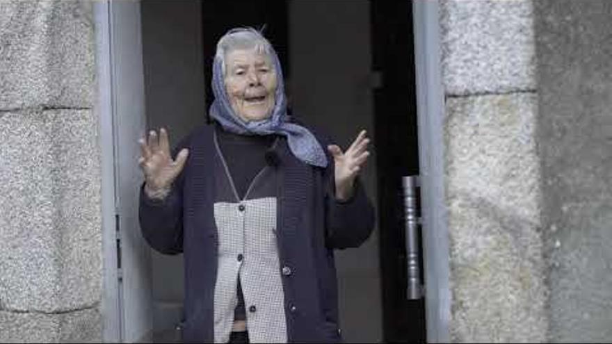 Un pueblo gallego, unido para la felicitación de 2021 más auténtica y reivindicativa