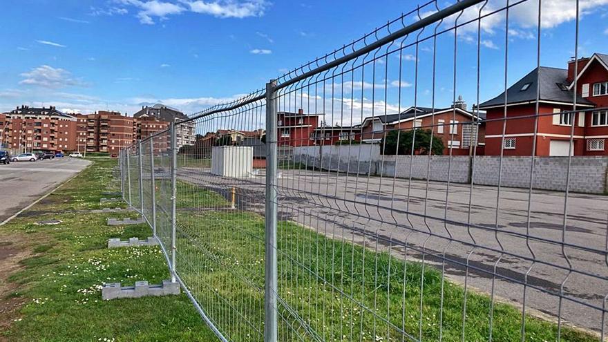 Arranca la instalación de la pista de skate en Salinas con un coste de 261.000 euros