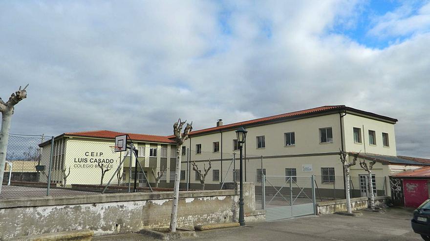 El brote de Corrales del Vino sale de la residencia y obliga al municipio a tomar precauciones