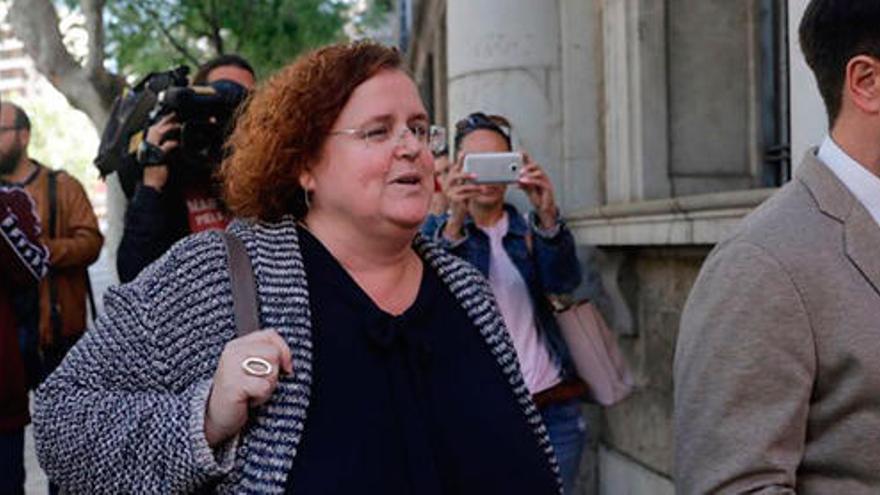 Ruth Mateu dice que ella no se ocupaba de los contratos menores en Cultura