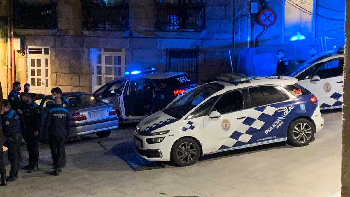 El suceso ocurrió en el Casco Vello de Vigo pasadas las once de la noche.