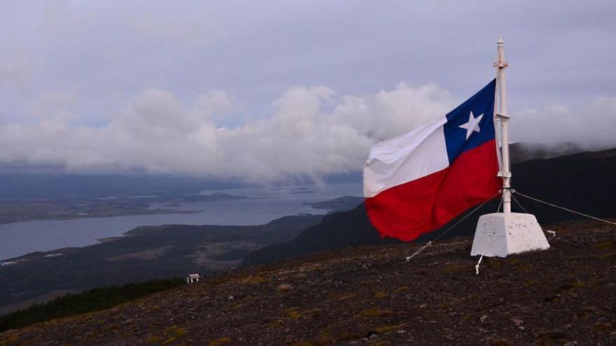 Un operativo masivo en el sur de Chile termina con un agente muerto