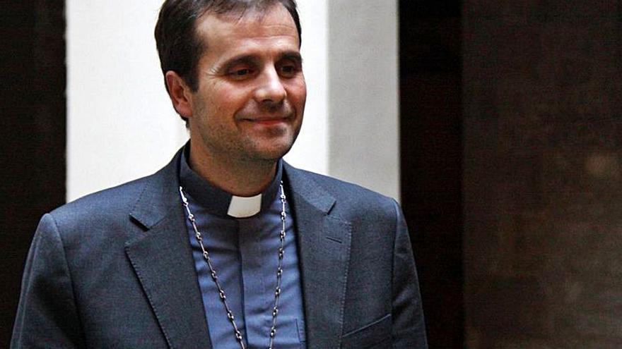 El bisbe de Solsona va renunciar al càrrec per una relació amb una psicòloga