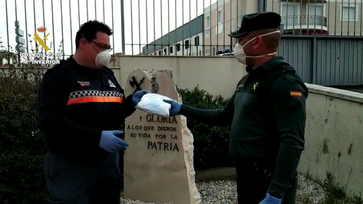 Coronavirus en Córdoba: La Guardia Civil colabora en el traslado de material a 29 municipios de la provincia