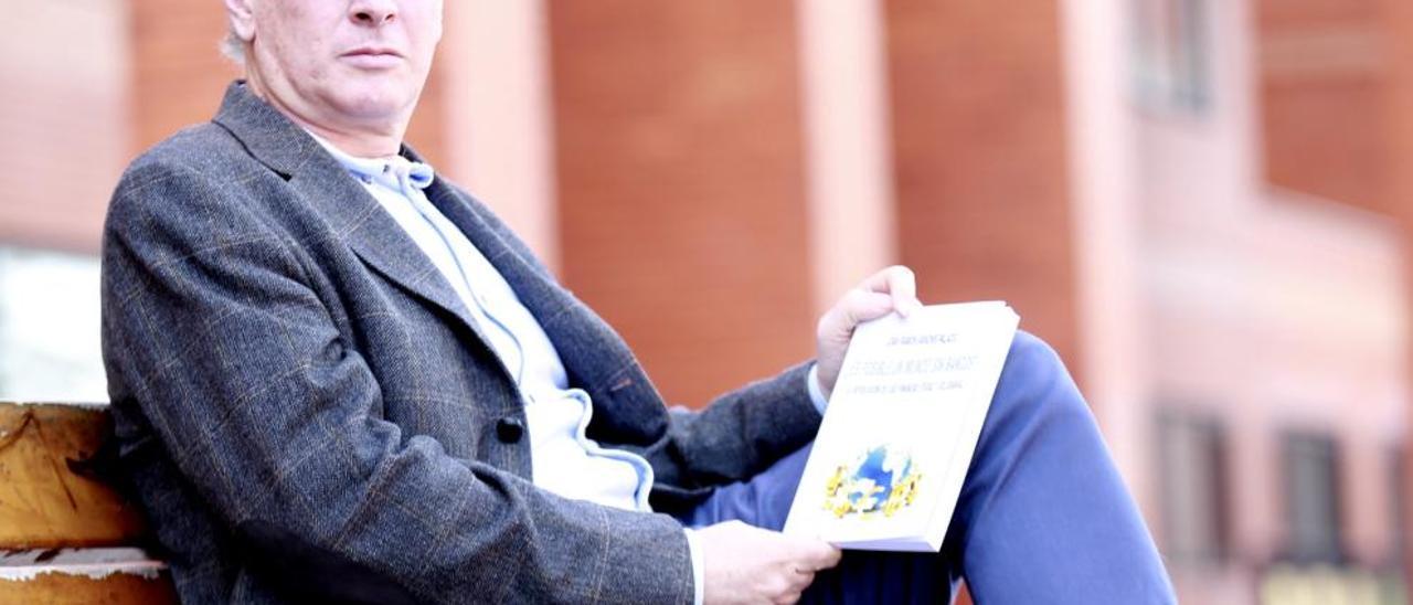 Joan Ramón Sanchis: «Vamos a ver nuevos casos de estafas bancarias»