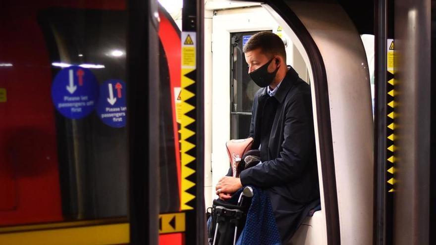 Reino Unido registra 6.600 positivos, la peor cifra desde el inicio de la pandemia