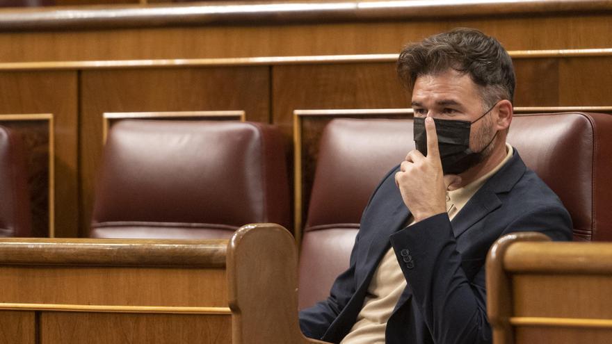 """Sánchez a Rufián: """"Vuelvan ustedes al acuerdo del 2 de agosto y continuemos"""""""