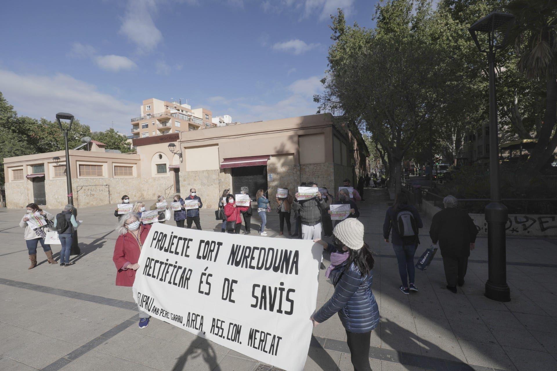 Obras en Pere Garau con protestas por Nuredduna