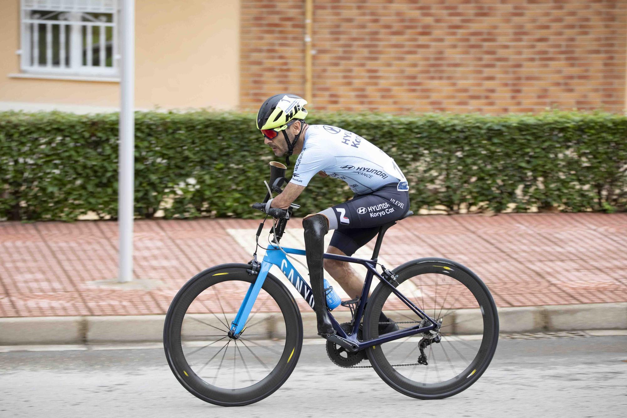 El paracycling se adueña de las calles de Xàtiva