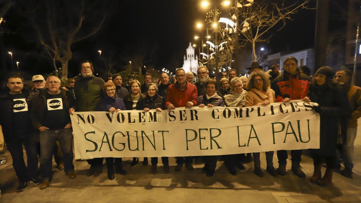 Manifestación en Sagunt contra el tráfico de armas desde el puerto