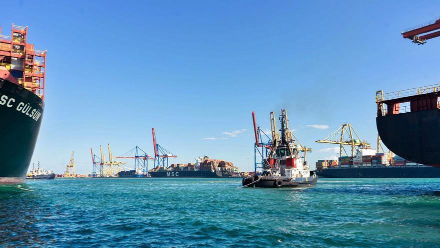 El Puerto de Barcelona invertirá un 20 % más que el de València durante 2021