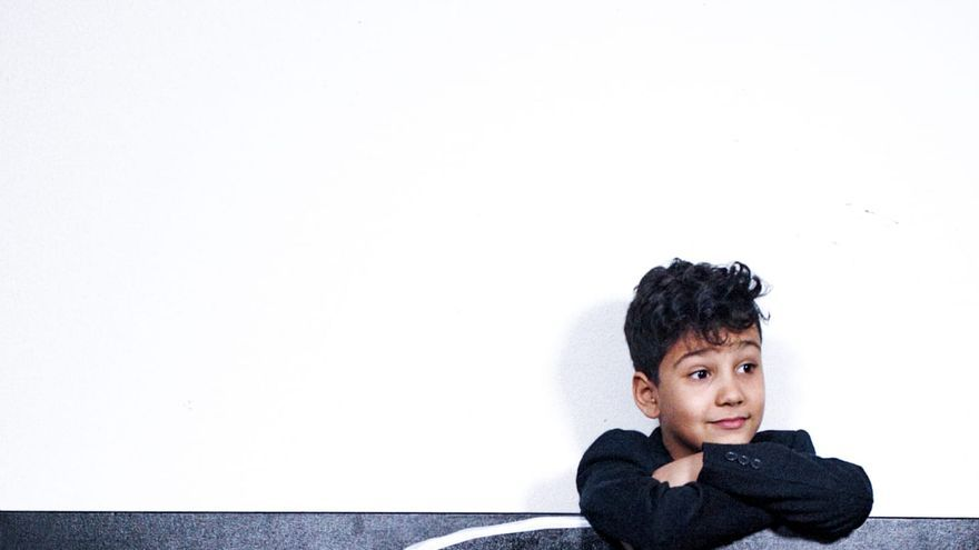 """Achtjähriges """"Wunderkind"""" stellt Kunst auf Mallorca aus"""