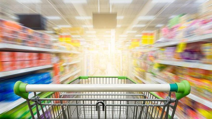 Demanen retirar unes salsitxes dels supermercats per contenir un al·lergogen