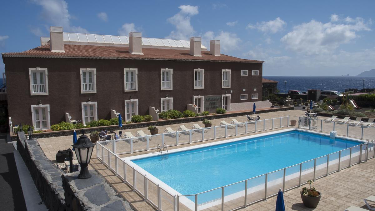 El Cabildo de El Hierro reforma el Hotel Balneario Pozo de la Salud, cerrado al público desde marzo del año pasado