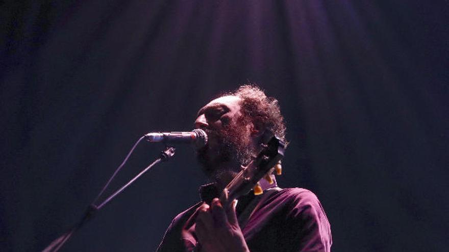 """""""El 'rock and roll' es flamenco; todo viene de la guitarra"""""""