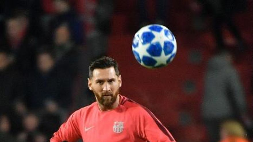 El Barcelona gana sin brillo y se asegura el primer puesto