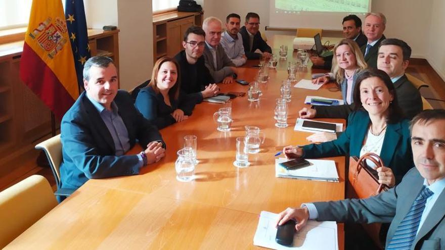 Los alcaldes del Valle de las Uvas llevan las reivindicaciones del sector a Madrid