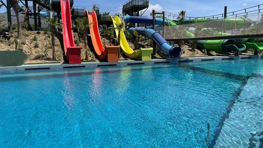 El parc aquàtic d'Aquabrava estrena un nou espai d'atraccions: Aquaxjump