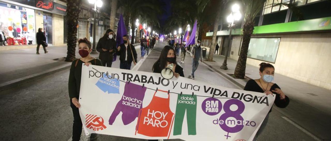 Concentración por el 8M en Alicante