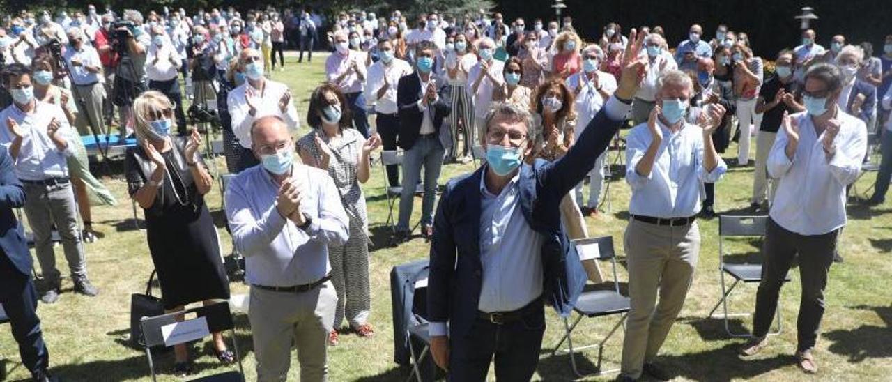 Feijóo en la junta de directiva del PPdeG tras las autonómicas de julio.     // XOÁN ÁLVAREZ