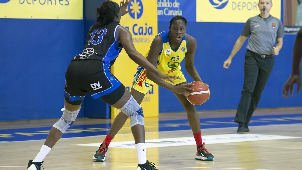 Sika Koné en una jugada del anterior partido del Spar Gran Canaria