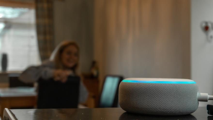 Alexa hablará más alto cuando haya ruido de fondo