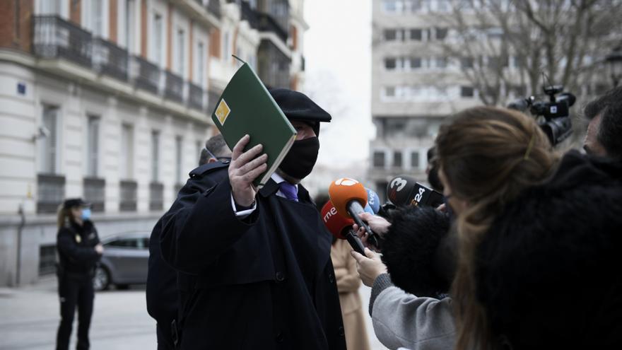 El juez de 'Tándem' ordena el embargo de 53 propiedades del comisario Villarejo