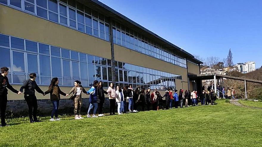 El Rego de Trabe exige a la Xunta el reintegro de 40.000 euros, más fondos y un conserje