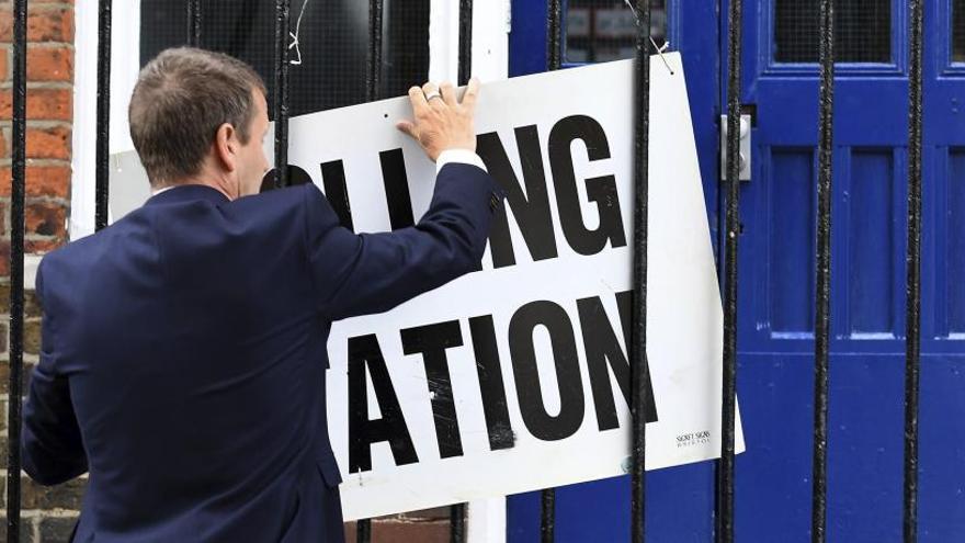 El Regne Unit decideix avui qui pilotarà el país en el Brexit