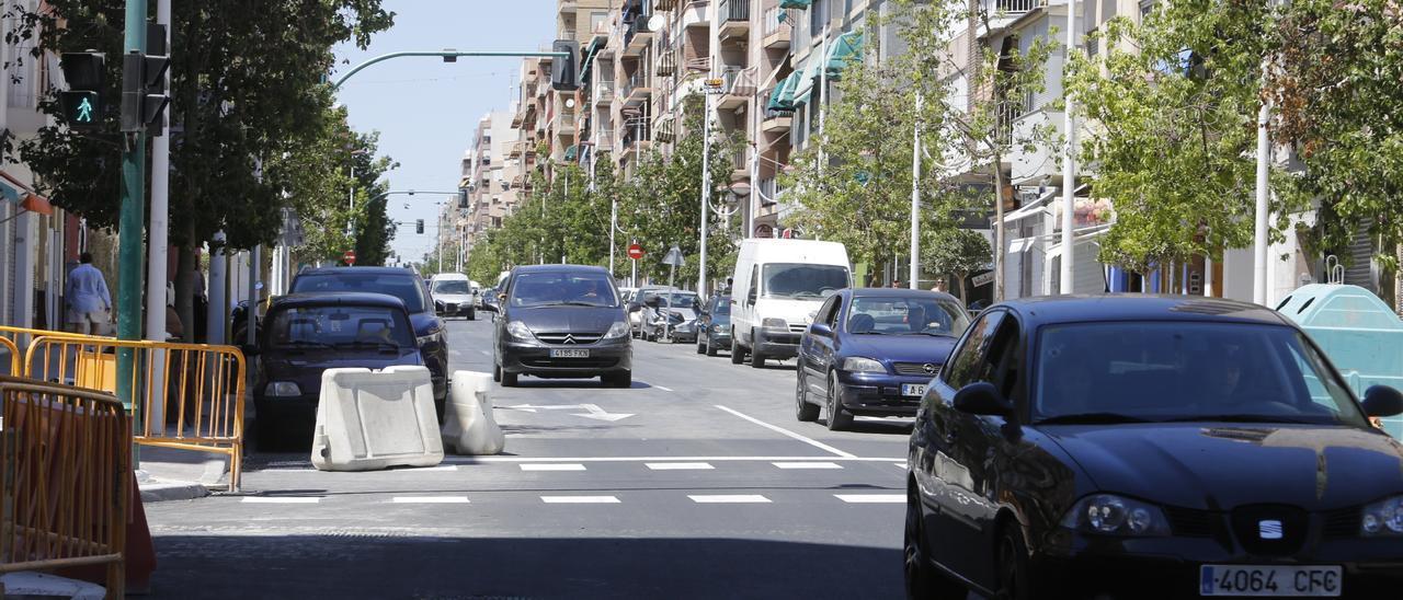 La avenida de Novelda, en Elche, donde ocurrieron los hechos, en una imagen de archivo