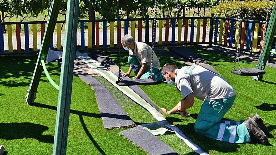 Mos renueva elementos de juego en cuatro parques infantiles del municipio