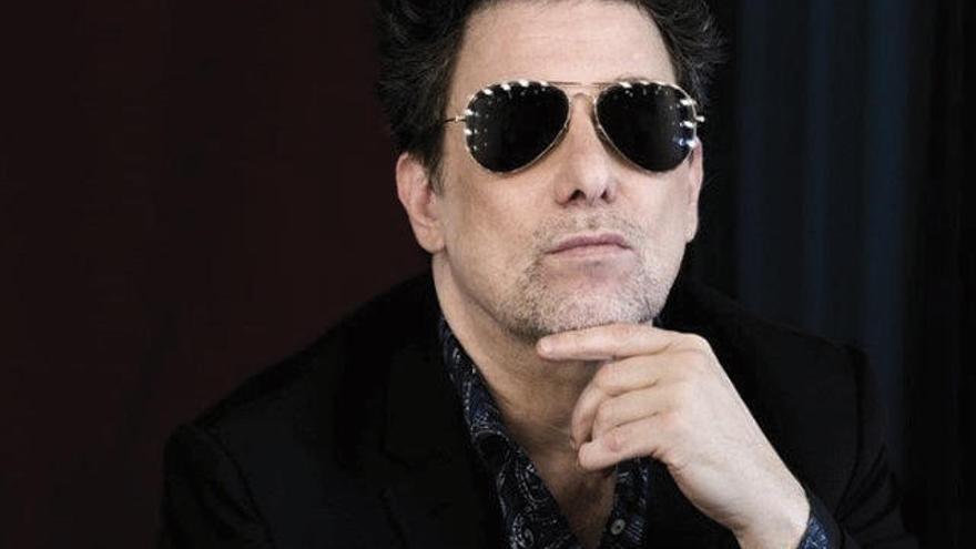 Andrés Calamaro aclara que no votará a Vox... porque no votará