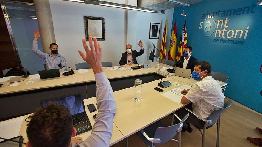 PSOE-Reinicia contacta ya con Torres para explorar una moción de censura en Sant Antoni